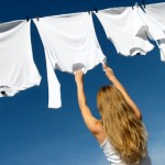 Bí quyết giặt và bảo quản áo thun đúng cách